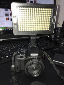 一眼レフカメラCanonX7